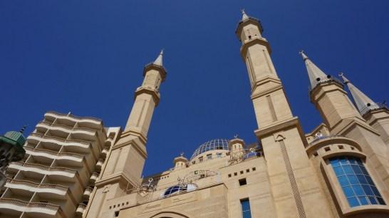 Ezbet el Nakhl - Moschee an der Metrostation