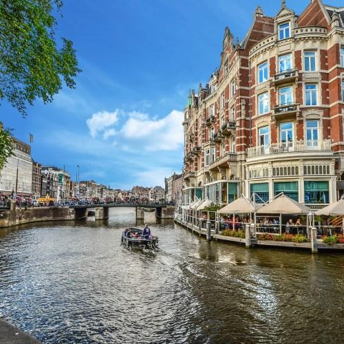 amsterdam-2203076_1920