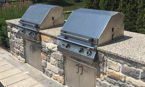 Article : It's Time to Remodel Your Patio With a Built-In ... on Outdoor Grill Patio id=89086