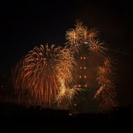 paris_fireworks_bastilleday05