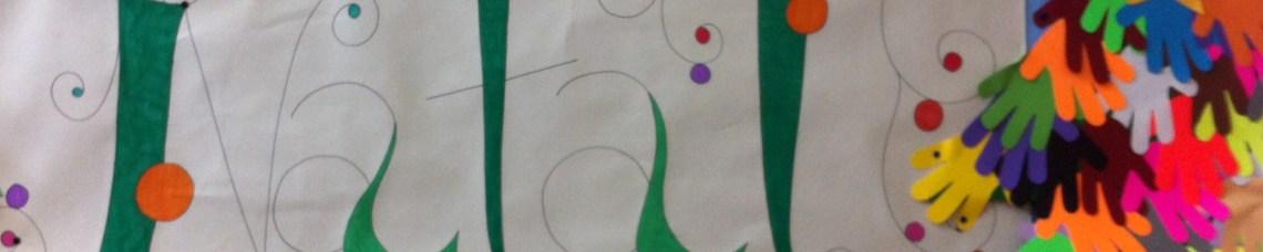 Cartaz com a palavra Natal e mãos recortadas em papel