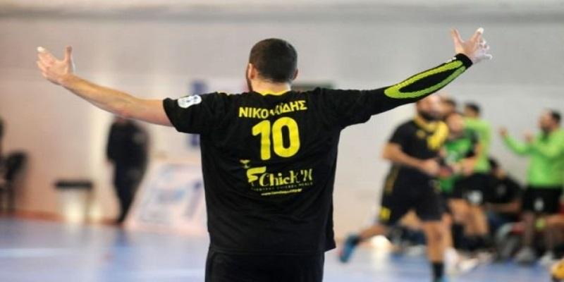 Ανανέωσε ο Νικολαΐδης, τέλος ο Πέρρος από την ΑΕΚ!
