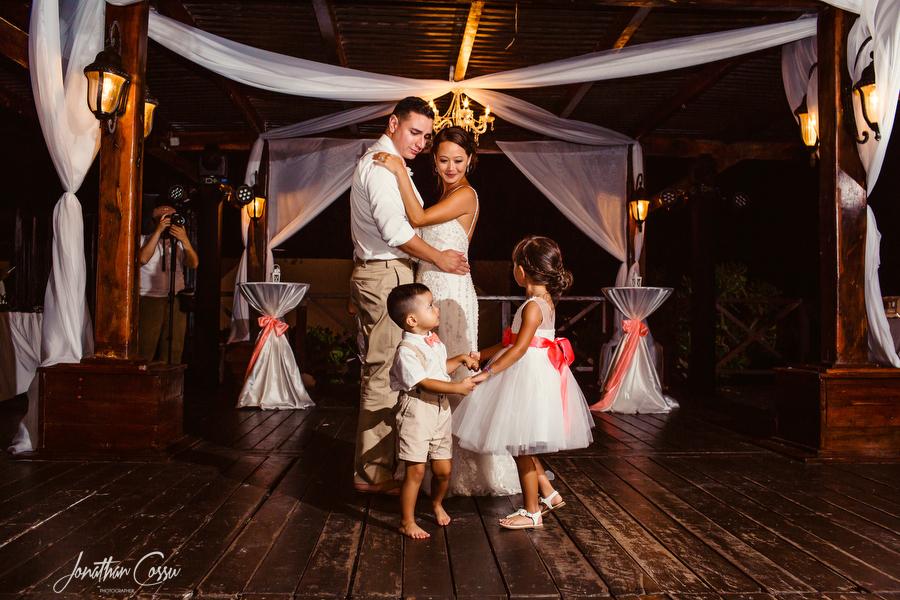 Kids on the dance floor at Now Sapphire. +Jonathan Cossu Photographer