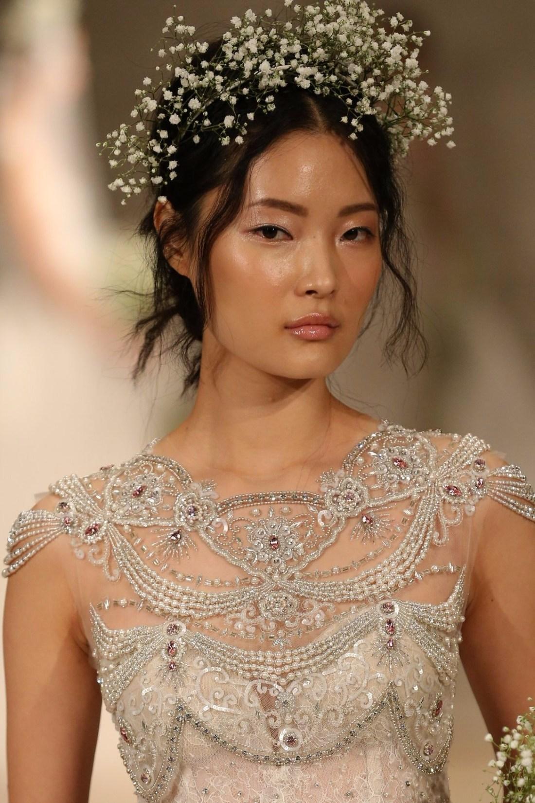 Glow & dewy skin. Bridal beauty trends 2018