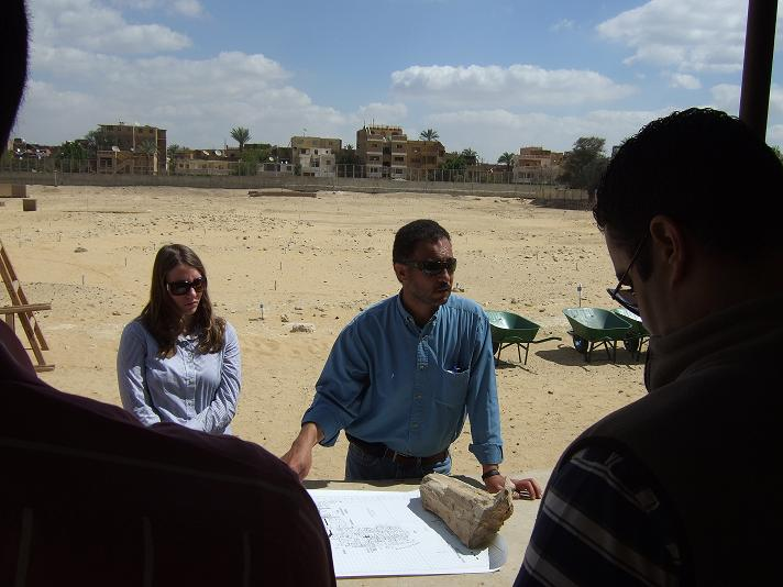 Joint Field Director, Mohsen Kamel, gives a tour to colleagues.