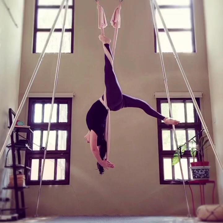 Aerial Fitness Backbend