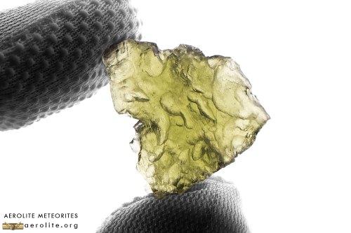 moldavite-3-7-i