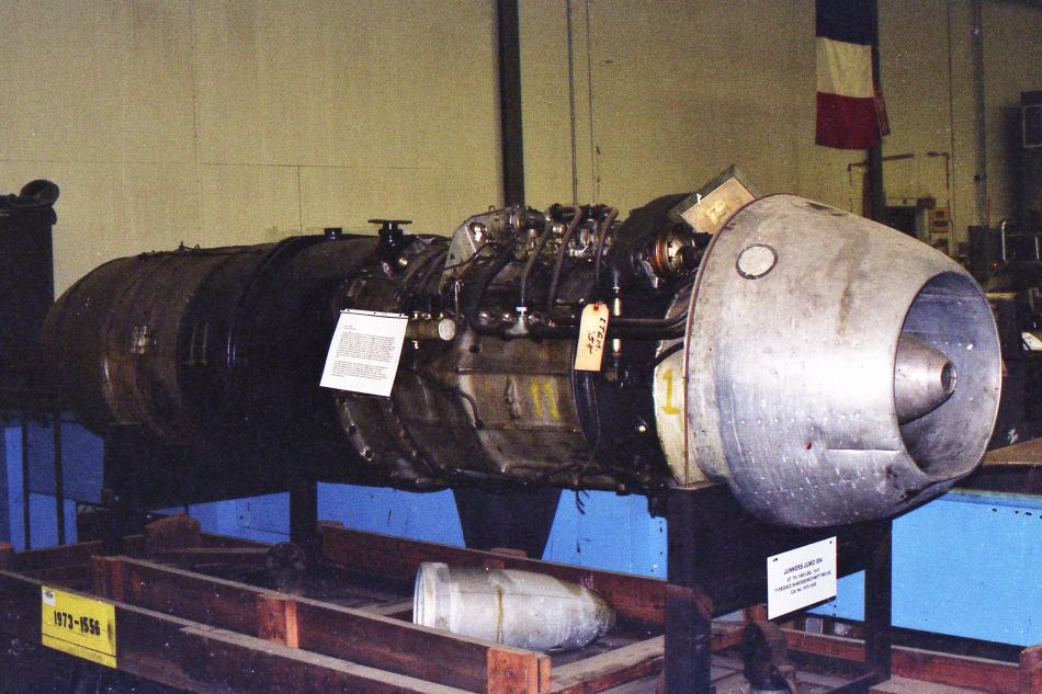 img041-junkers-jumo-engine-in-the-paul-garber-stowage-and-restauration-facility