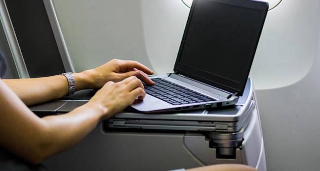 shutterstock_laptop_airplane