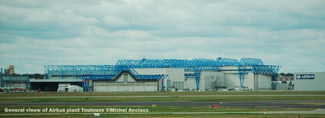 007-general-vieuw-of-airbus-plant-toulouse-c2a9michel-anciaux