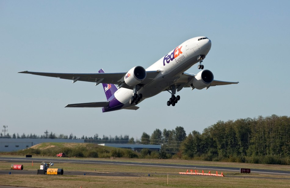 FedEx 777-F Delivery Water Cannon Salute and Flyaway - Sept. 22, 2009K65747-05