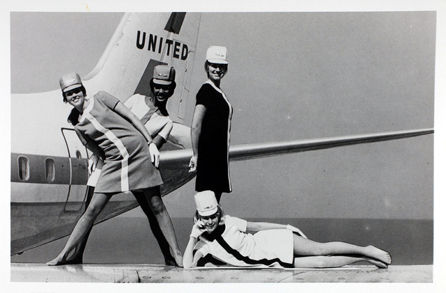 UAL_flight_attendants