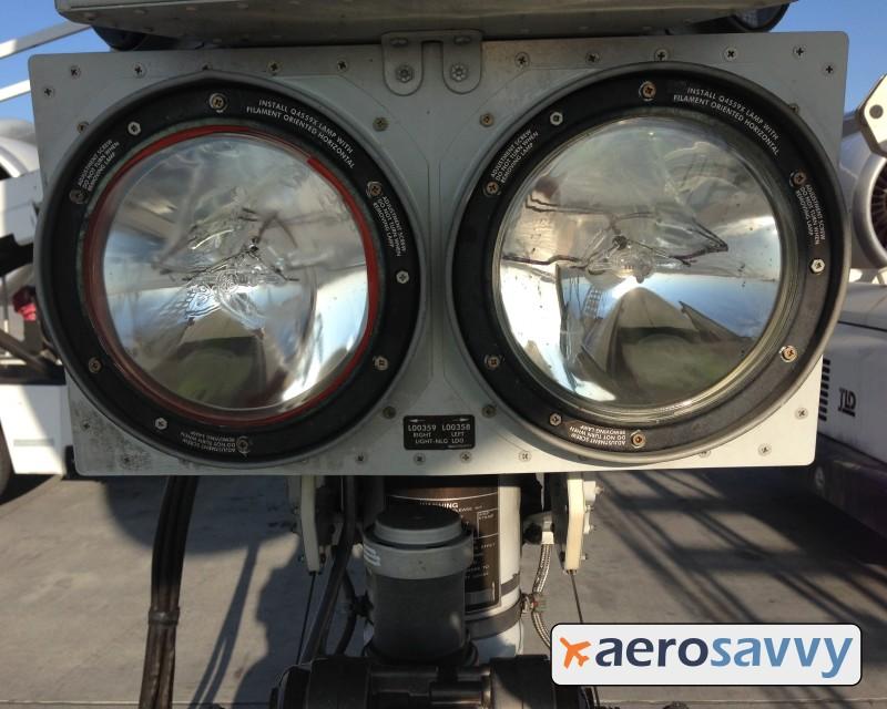 Landing light bulbs - Savvy Passenger Guide to Airplane Lights- AeroSavvy