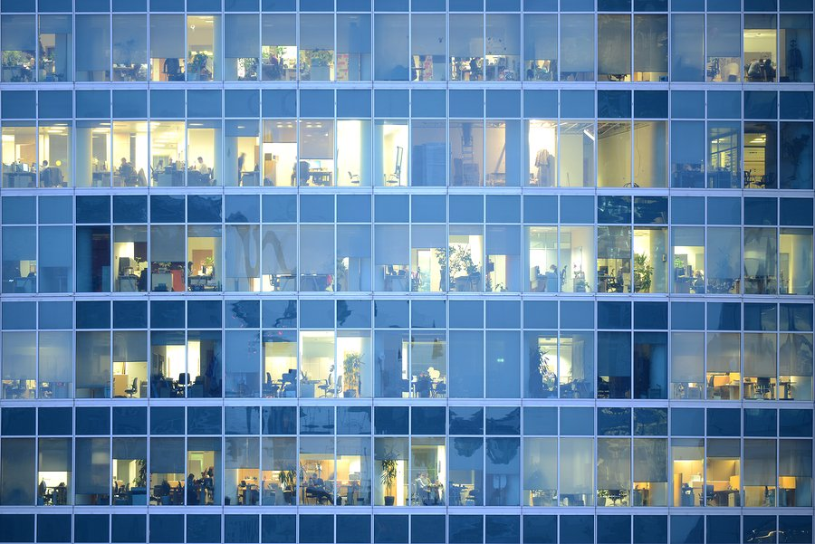 There are many differences between using Curtain Walls or Window Walls in the construction of office buildings