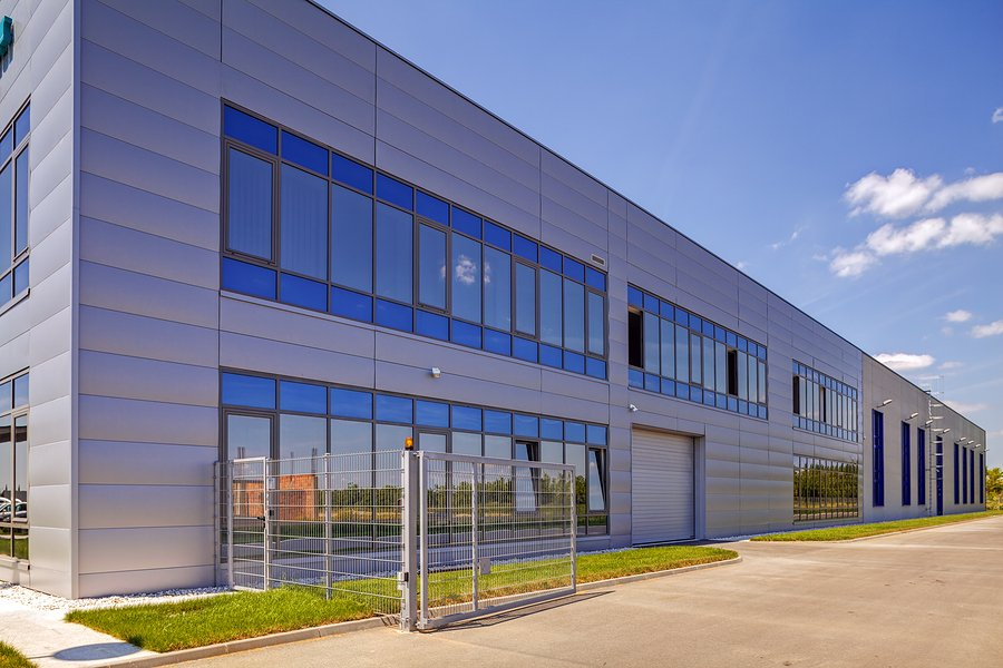 Aluminum Windows in office buildings have many pros and cons in their usage