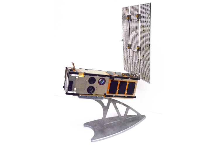 Mission Success for CUMULOS and ISARA CubeSat The