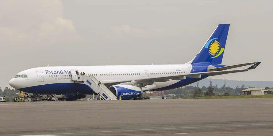 A RwandAir plane