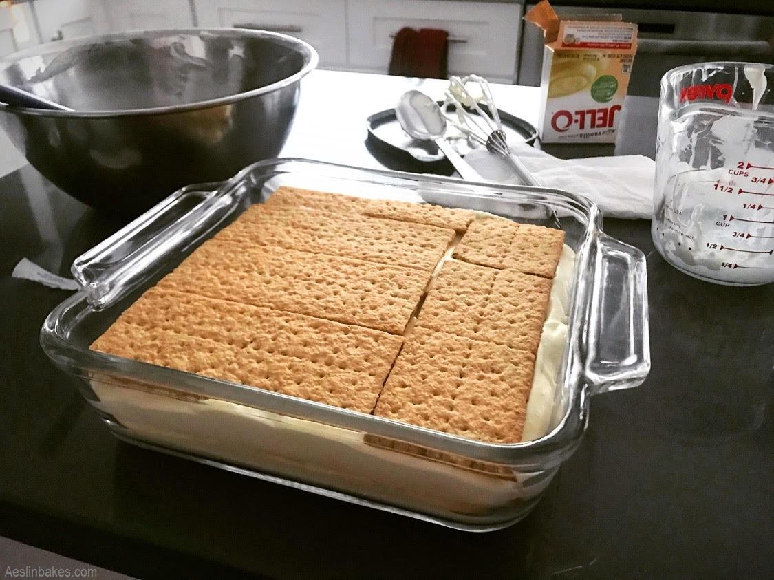 layering eclair cake