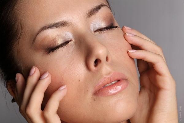 como evitar rugas no rosto pele