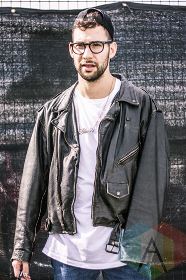Jack Antonoff of Bleachers at Riot Fest Toronto 2015 at Downsview Park in Toronto, ON. (Photo: Alyssa Balistreri/Aesthetic Magazine)