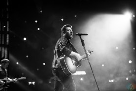 Chris Young performs at NRG Park in Houston on March 22, 2017 during the Houston Rodeo. (Photo: Joey Diaz/Aesthetic Magazine)