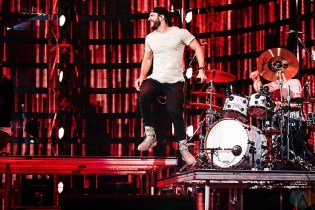 Sam Hunt performs at NRG Park in Houston on March 13, 2017 during the Houston Rodeo. (Photo: Joey Diaz/Aesthetic Magazine)