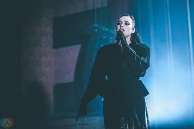 Banks performs at the Vogue Theatre in Vancouver on April 17, 2017. (Photo: Timothy Nguyen/Aesthetic Magazine)