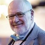 Prof R Glen Calderhead