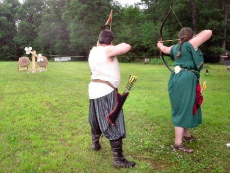 Lord Ru and Lady Katherine shooting the final round of the Archery Champion's Tourney.