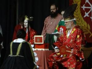 Lady Elena receives a Sycamore.