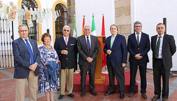 Reuníon en el Ayuntamiento de Mérida