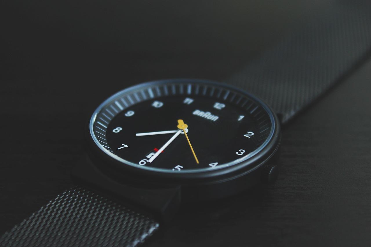 technology_future-touch-watch_094K[1]