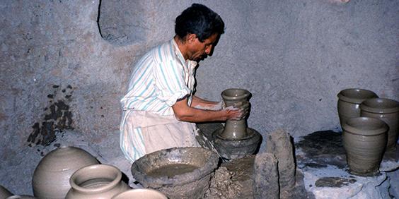 Egypt-pottery_564x282