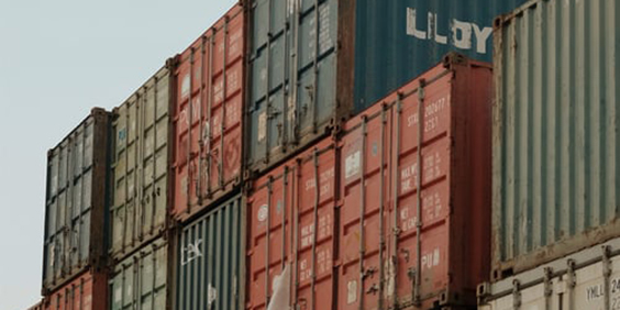 Shipping-containers-2_564x282