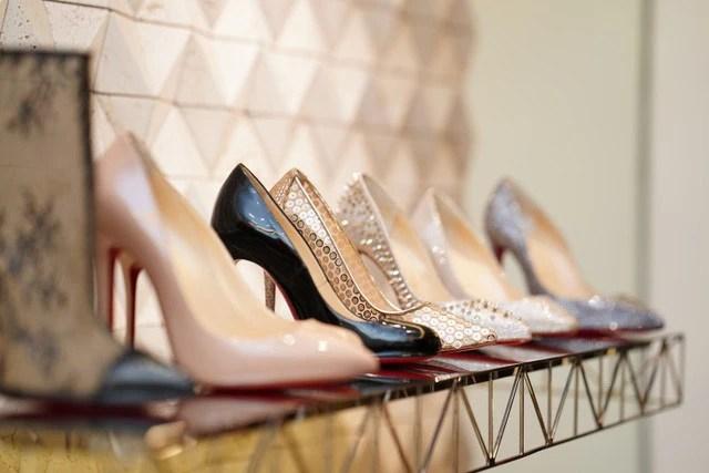 """Bí mật """"siêu khủng"""" của thương hiệu giày Christian Louboutin tại Việt Nam được hé lộ - Ảnh 3."""