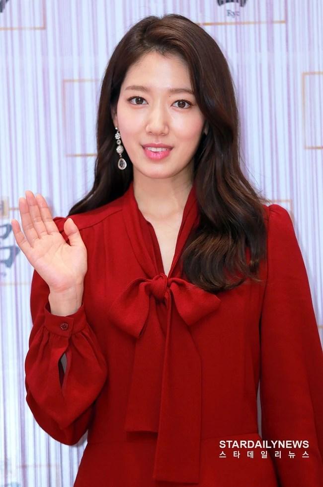 Đẹp đỉnh cao chẳng kém Yoona, Park Shin Hye khiến người ta phải thừa nhận: gầy chưa chắc đã mặc đẹp hơn - Ảnh 4.