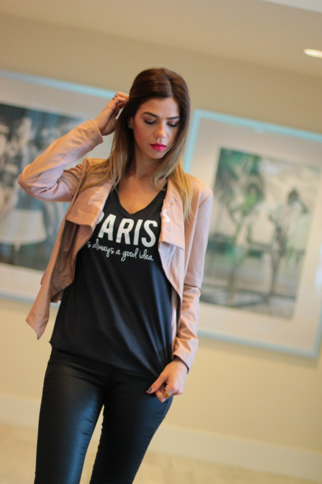 amanda tur, a fancy affair, tshirt, traffic tee, a fancy affair blog, street fashion, paris is always a good idea