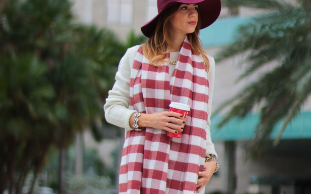 a fancy affair blog, miami blogger, amanda tur, red hat, red, felt floppy hat, scarf, monochromatic look, nudes, miami fashion blogger