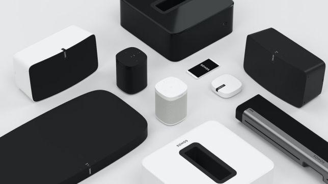 Sistema hi-fi contro speaker wireless: noi preferiamo il primo