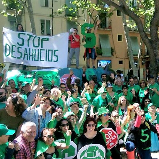 EL PSOE SIGUE DEMOSTRANDO SU FALTA DE COHERENCIA Y VALENTÍA AL NO APOYAR PÚBLICAMENTE LA LEY DE VIVIENDA DE LA PAH