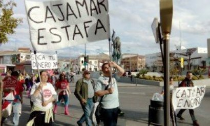 Stop desahucios. Marcha Cajamar llegando a Armilla