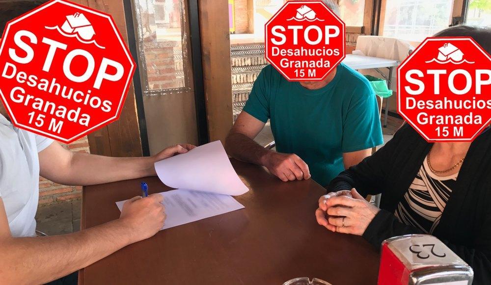 Firmando Condonación de Deuda