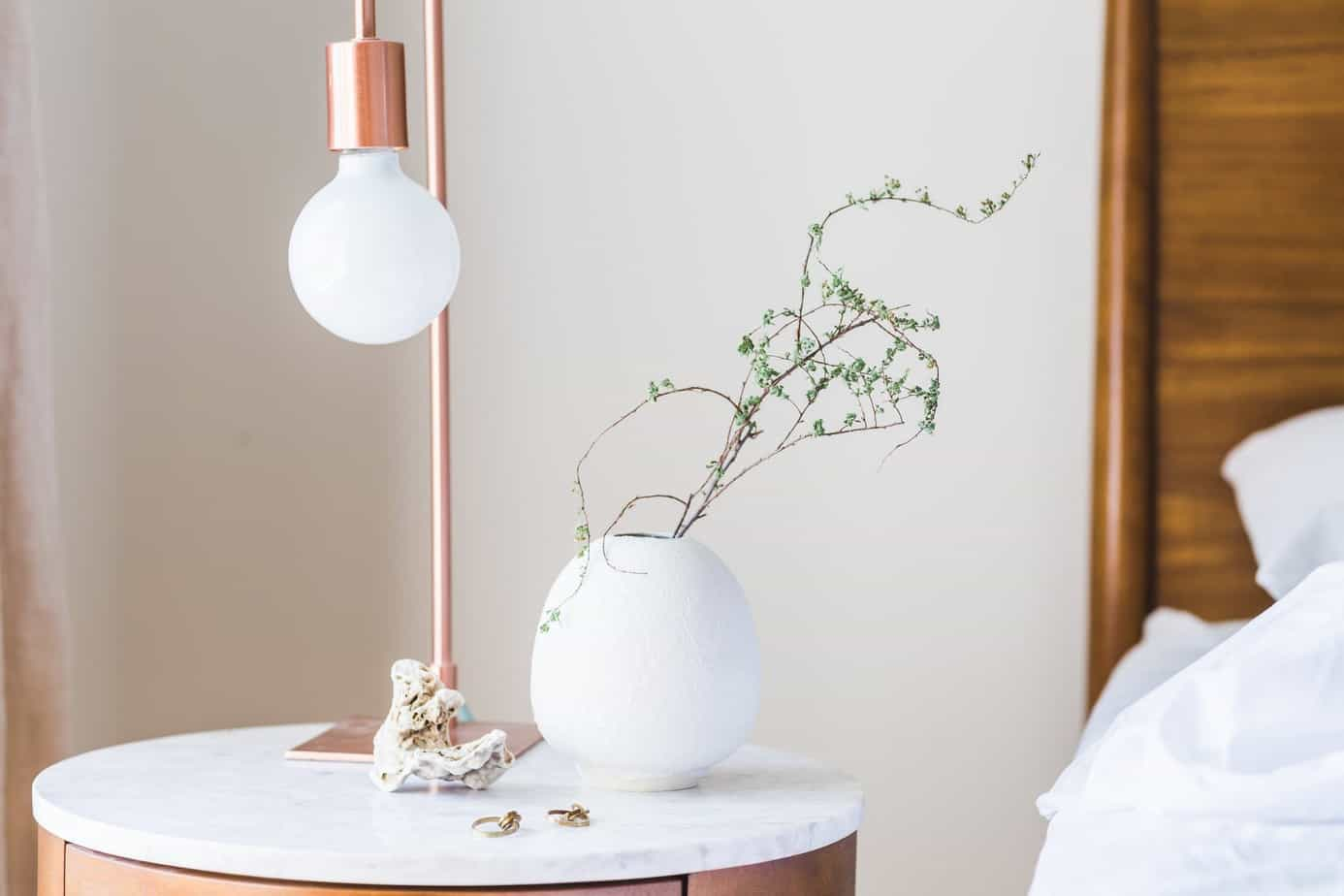 Natural and Artificial: Striking the Right Balance With Your Interior Lighting