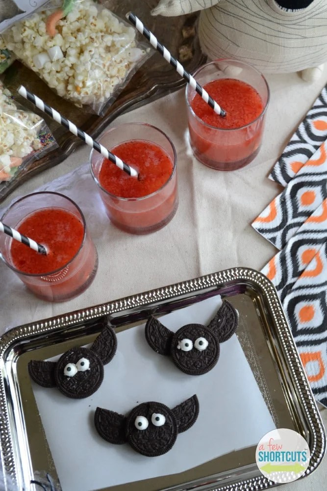 Simple Oreo Bats Fun Halloween Treat A Few Shortcuts