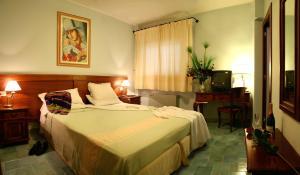 Nearby hotel : Hotel Marini