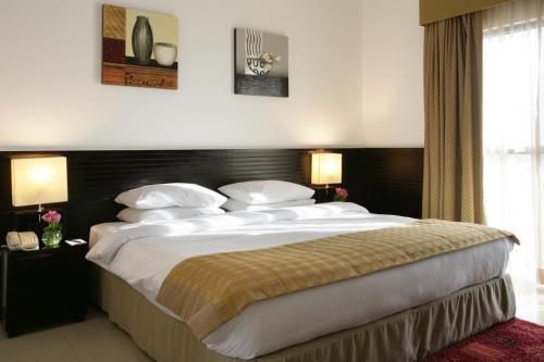 Отель Ramada Suites Ajman 4* Аджман Объединенные Арабские ...
