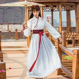 Nuwa Hanfu Set: Long-Sleeve Top + Maxi Skirt + Head Tie