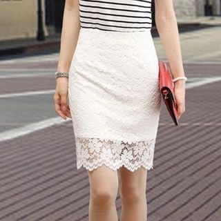 Yipin Lace Pencil Skirt