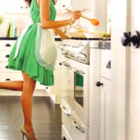 5 ways cooking in heels