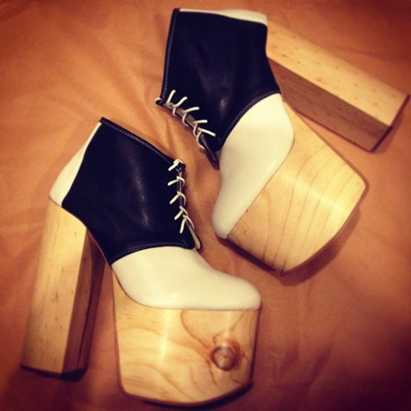 Can't help but love this retro look.Sweet Susie Q Ginger Platforms by Deandri